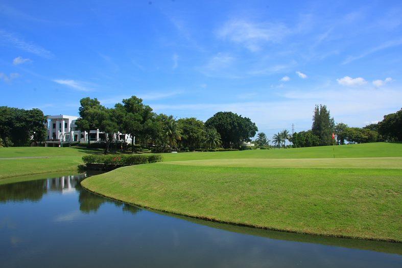 Northern rangsit Golf Club (นอทร์เทิร์น รังสิต กอล์ฟคลับ)